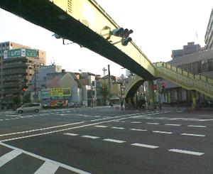大正区三軒家交差点の陸橋