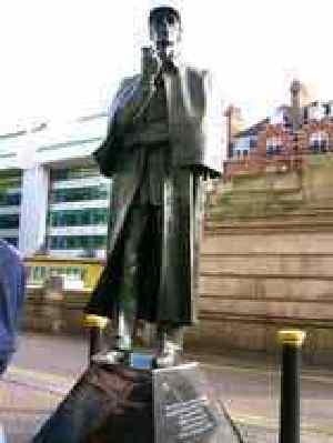 シャーロック・ホームズの銅像