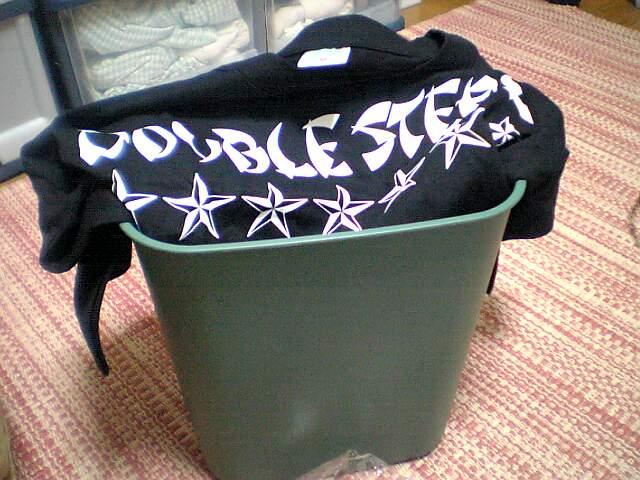 DOUBLE STEALのTシャツ